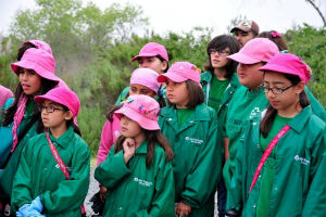 Girl-scouts-learn-in-the-field.jpeg