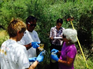wqm_volunteer_take_samples-1